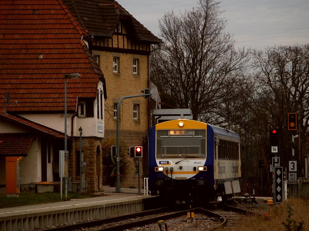 VT 411 in Heimerdingen, 24. November 2012 Foto: Jiří 7256 – 1024×768