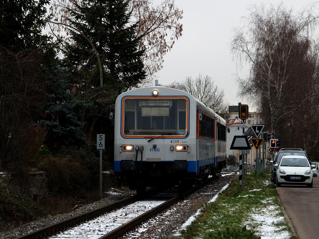 VT 410 und VS 220 in Münchingen, 7. Dezember 2012 Foto: Jiří 7256 – 1024×768