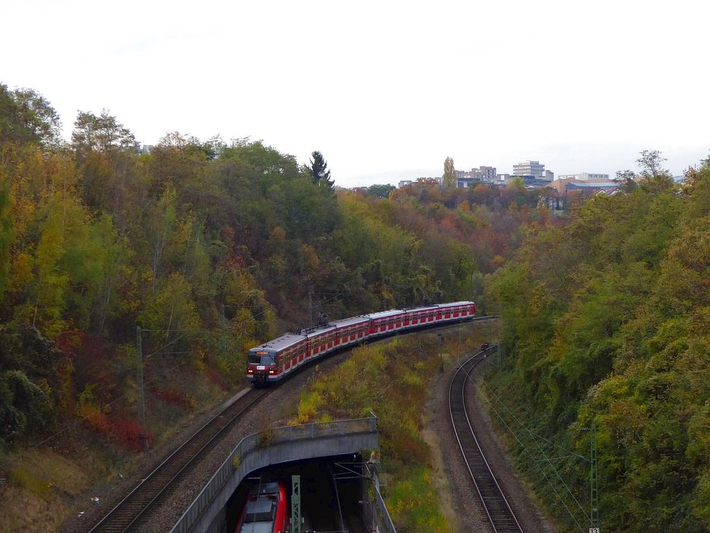 http://ufoportglufenteich.de/wp-content/uploads/2016/11/420_Abschied_Stuttgart2.jpg